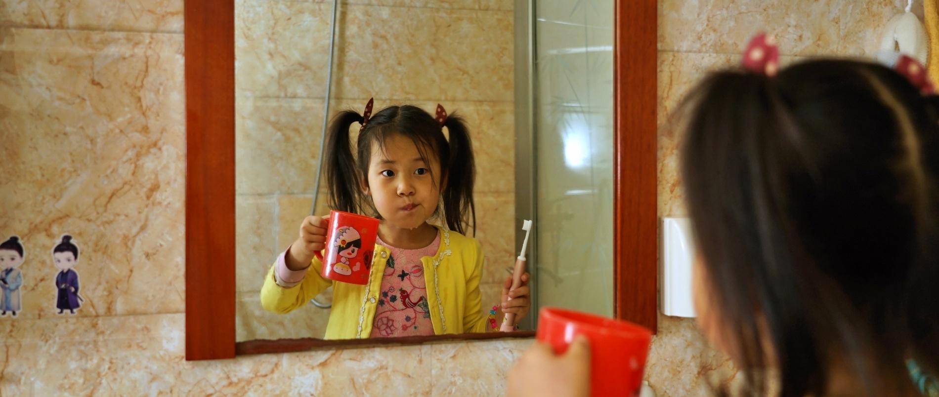 送女儿的6周岁礼物:菲莱斯K1儿童声波电动牙刷