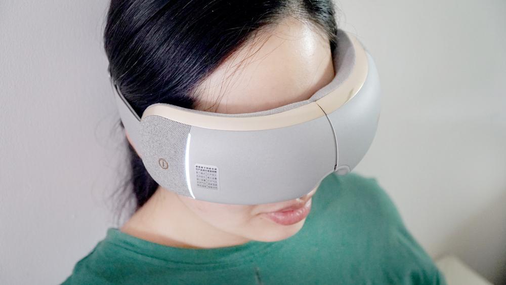 倍轻松 isee X pro——语音操控+热敷按摩,解救被手机绑架的眼睛