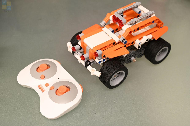给小朋友的科学启蒙玩具,Lecoo超能争霸机器人上手