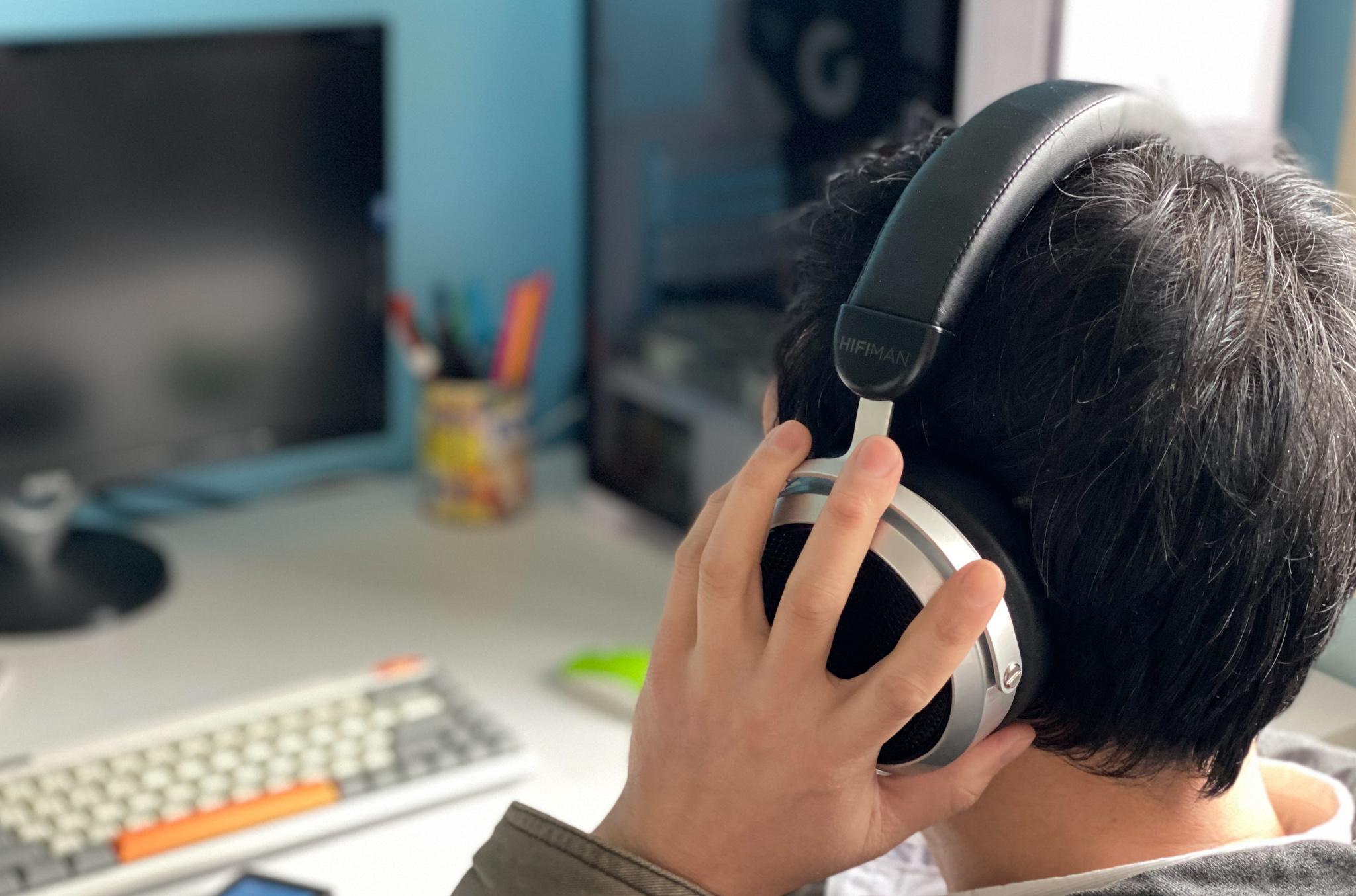 不一样的轻松享受,HIFIMAN HE400se开放式平板振膜耳机,十天感受