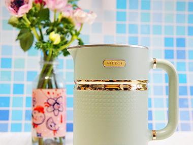 精致且温暖的体验:AIEECE艾晞mini养生搅拌杯