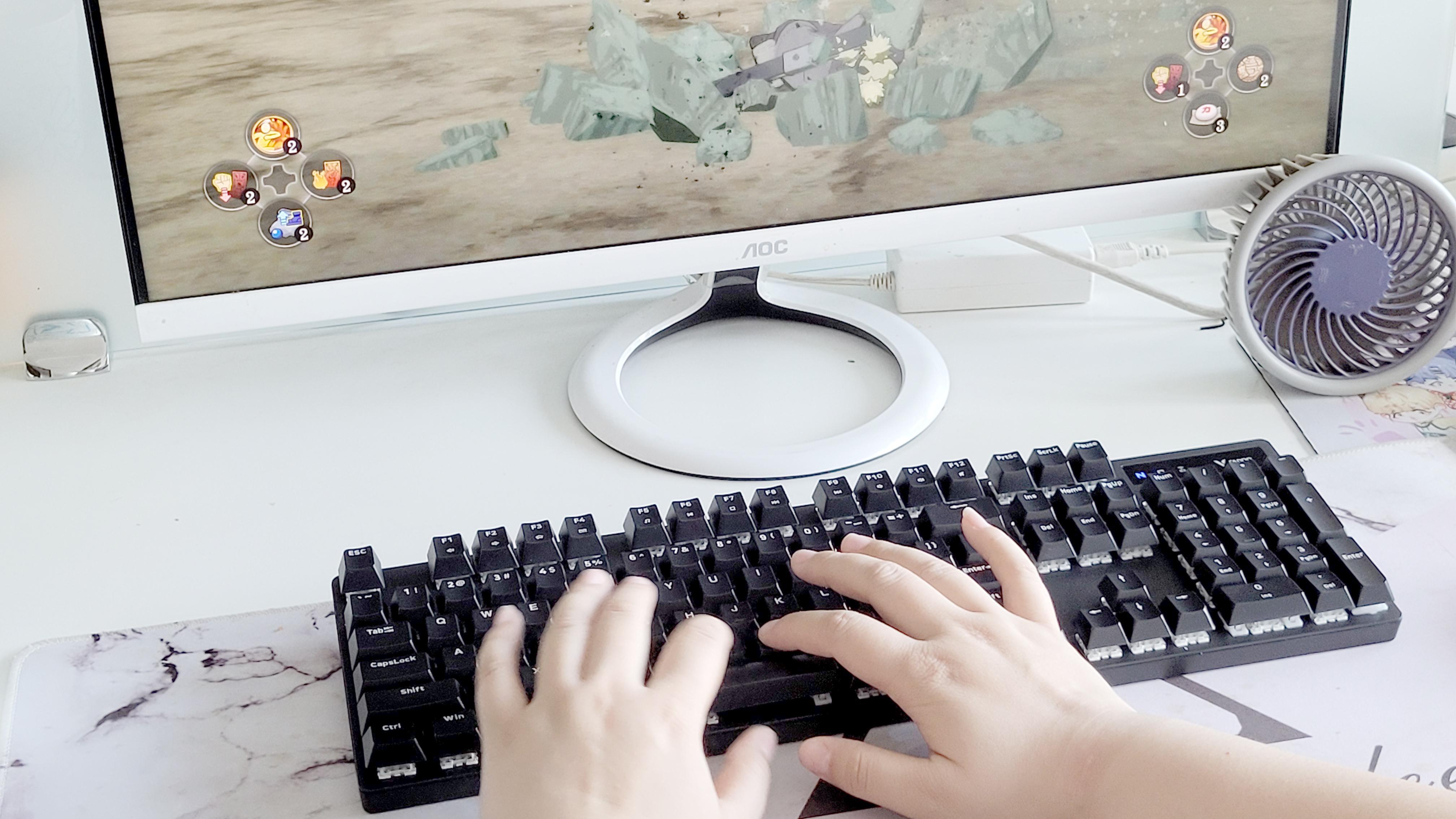 """""""入门级""""的机械键盘,雷柏V500PRO无线版游戏机械键盘"""