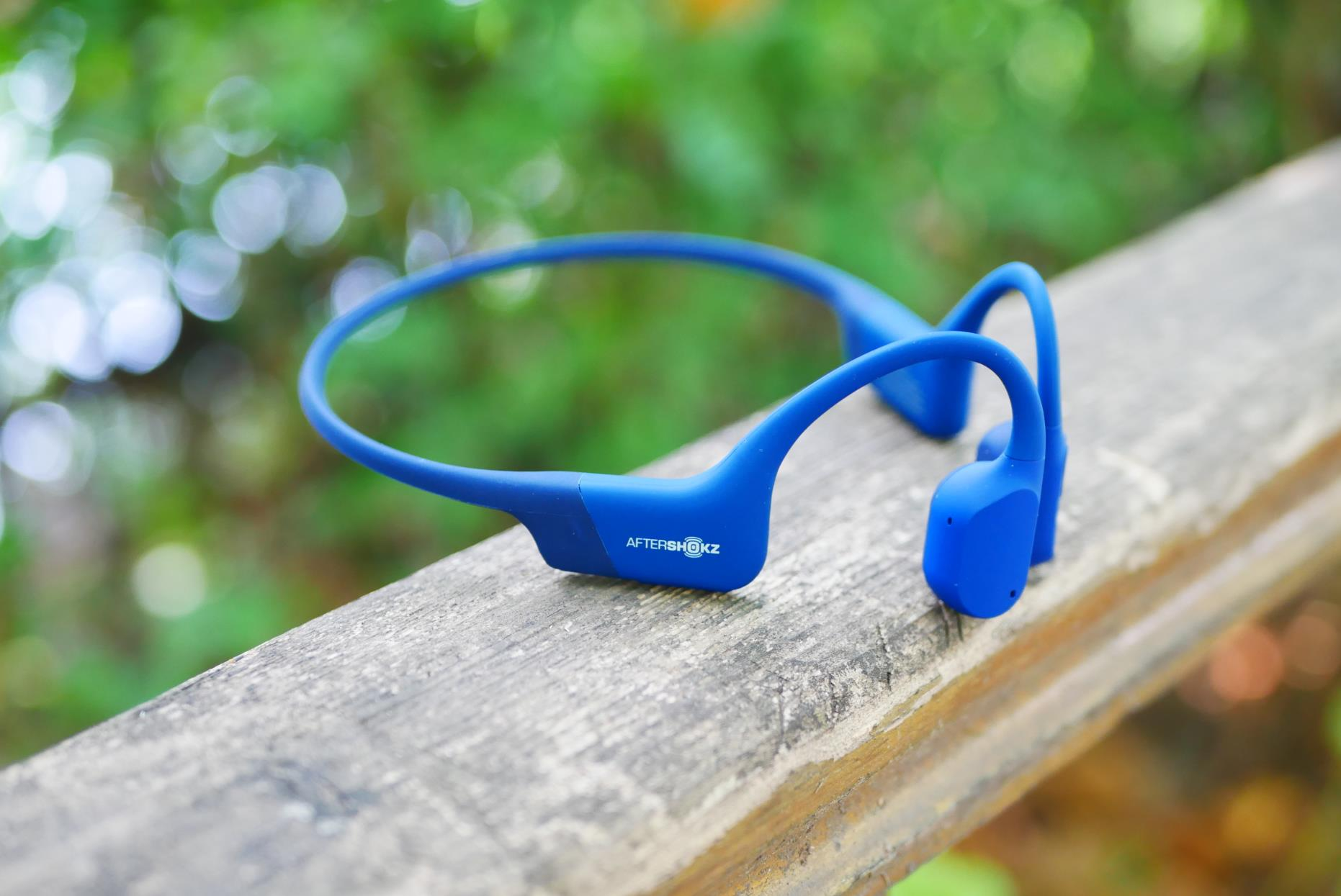 轻盈舒适、无惧汗水,为跑步而生:韶音AS800骨传导专业运动耳机