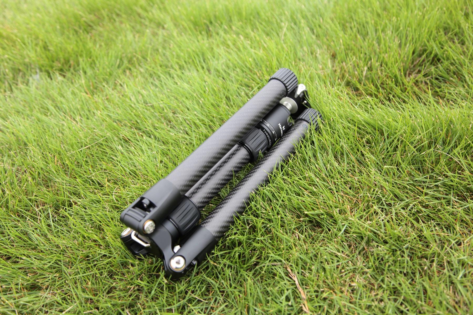 轻量便携三脚架新品,马小路UT-26轻量级反折碳纤维三脚架测评