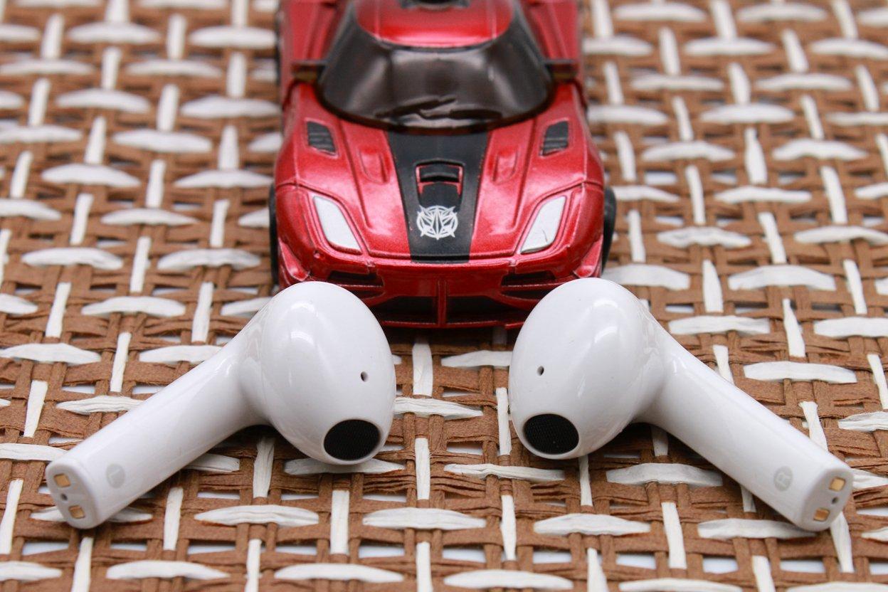 绿联小海豚TWS耳机:小巧舒适,百元性价比好耳机