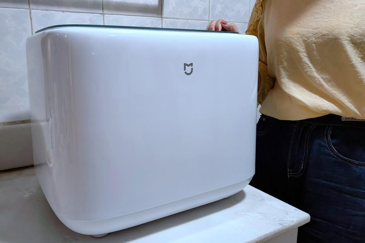 米家洗衣机mini:清洗贴身衣物、深度杀菌除螨